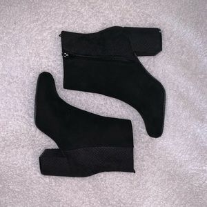 Old Navy Black Suede Ankle Booties